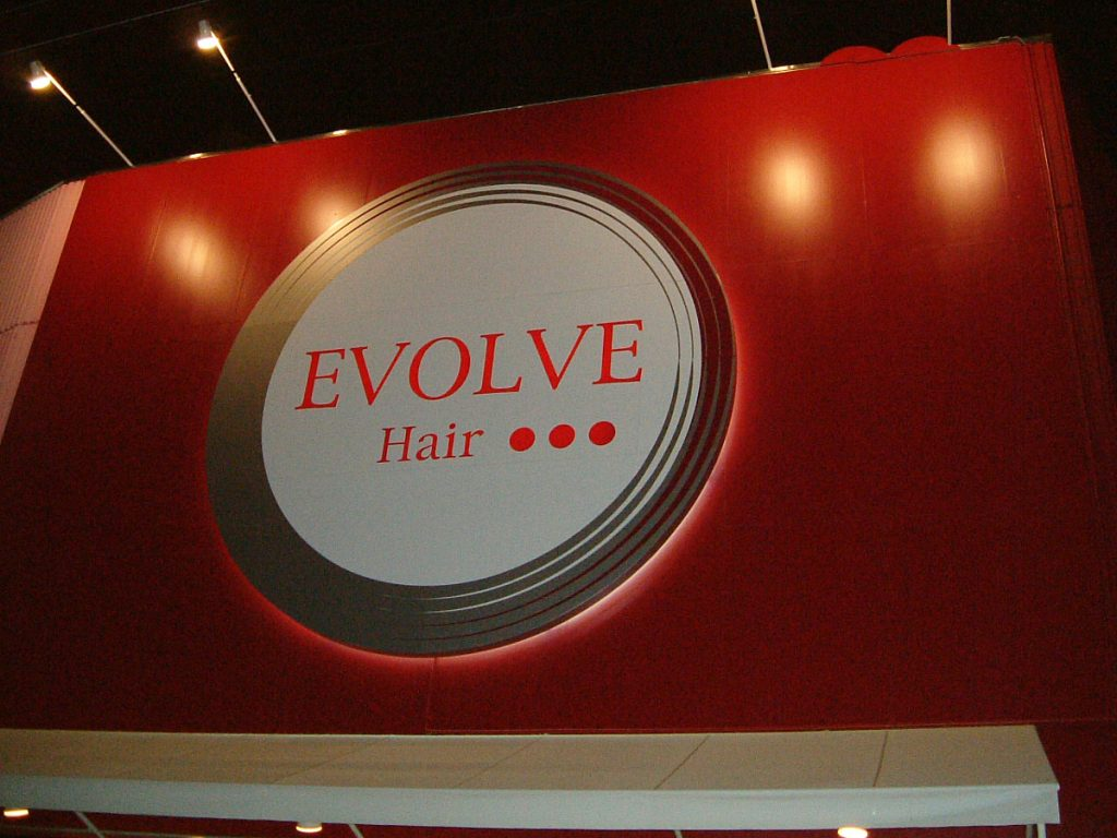 EVOLVE Hair様